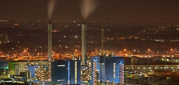أشهر الصناعات في السعودية