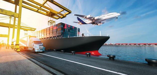 ما العلاقة بين الشحن والخدمات اللوجستية