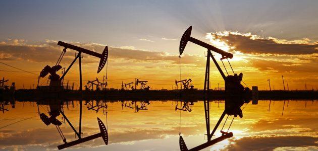ما هي ساعات تداول النفط