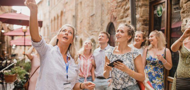 كيف تعمل كمرشد سياحي في السويد