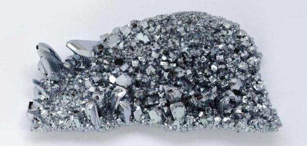 خصائص معدن الأوزميوم  Osmium واستخداماته وآثاره الصحية والبيئية