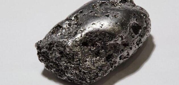 خصائص معدن البلاديوم و إستخدامات معدن البلاديوم