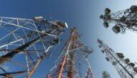 شركات الاتصالات في كمبوديا